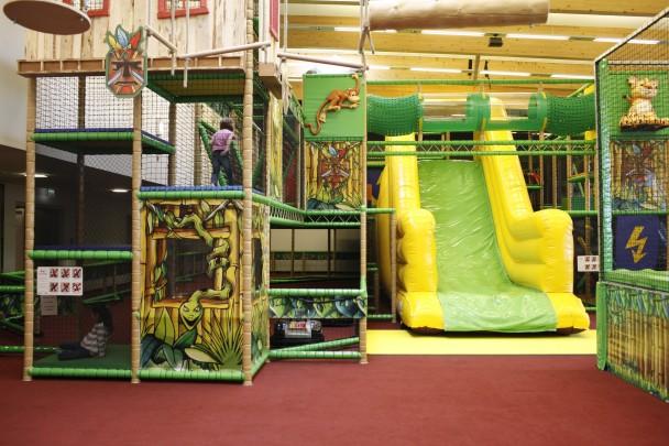 Klettergurt Für Kinder Willhaben : Indoor spielplatz monki park kinderinfo