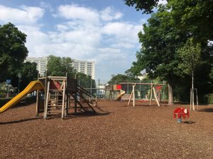Spielplatz im Stadtpark - direkt beim Ausgang der U4