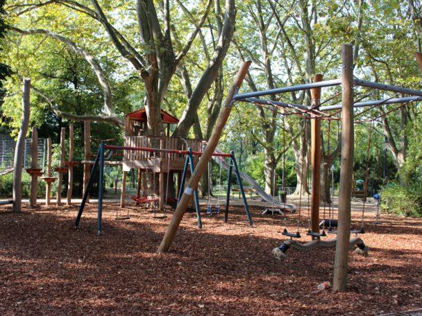 Spielplatz im Wasserpark - ideal für einen Ausflug