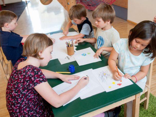 Kindergarten, Tageseltern, Kindergruppen und Kleinkindergruppen in Wien.