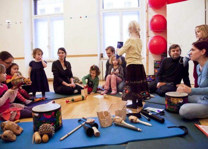 Musikkurse-Trommeln, Rasseln, ... bei kook-burra