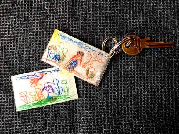 Schlüsselanhänger aus Schmelzfolie