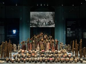 Ausstellungsbereich im Weltmuseum Wien, Asien Puppen, Familien-Ausflug in Wien, Familienbesuch im Museum, Weltmuseum Wien für Kinder