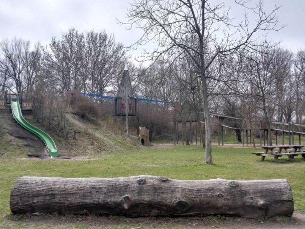 Spielplatz beim Nationalparkhaus Lobau