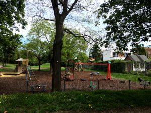 Kleinkinderbereich am Spielplatz im Schweizergarten