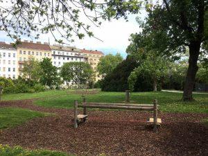 Fitnessgeräte im Schweizergarten