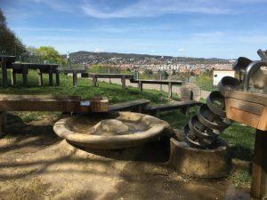 Wasserbereich am Kinder-Spielplatz Roter Berg Ost
