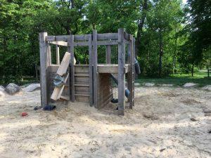 Sand-Wasser-Bereich auf der Ranch - einem Spielplatz auf der Jesuitenwiese