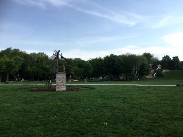 Jesuitenwiese - mit Spieplatz Ranch