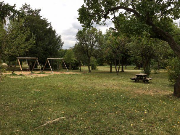 Was den Waldspielplatz am Wienerberg auszeichnet , erfährst du hier im kinderinfo-Blog.