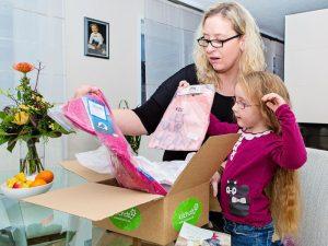 Kinder-Kleidung mieten und Umstandsmode