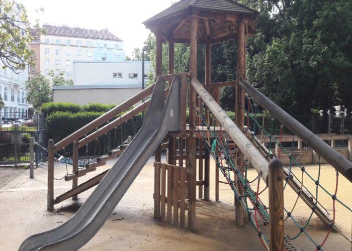 Klettergeruest_Rutsche_Rudolfspark_Spielplatz